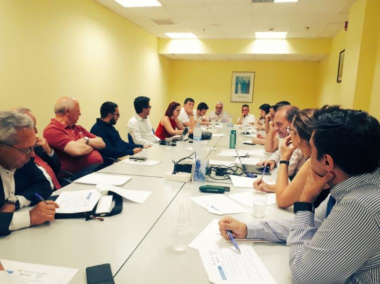 Reunión entre INGITE y representantes de estudiantes de Grado en Ingeniería